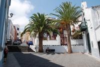 34Cruz Plaza