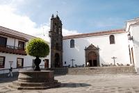 44Cruz Plaza02